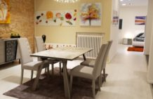 tavoli e sedie zona giorno
